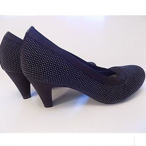 NEW Betabrand Late To The Gate Heels size 7.5